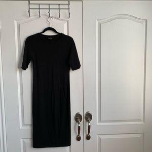 simple black 3/4 length dress